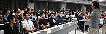南臺科技大學商管學院EMBA 邀請微熱山丘施宏漳副總經理細說「用心做好一件事」